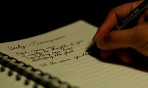 Escribir-a-mano-598x360