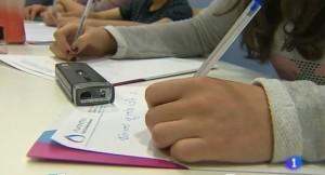 la forma de escribir nos permite superar dificultades como el déficit de atención e hiperactividad, la dislexia y los trastornos de conducta
